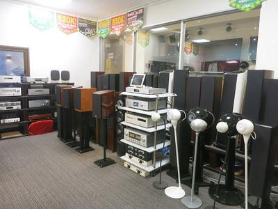 Shinjuku_speaker_02